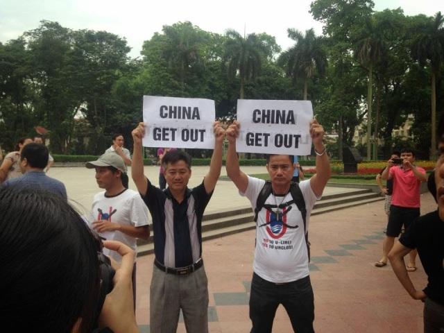 http://changevietnam.files.wordpress.com/2014/09/12245-bt5.jpg