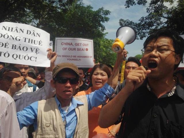 http://changevietnam.files.wordpress.com/2014/09/36d83-hn14-danlambao-11-5.jpg